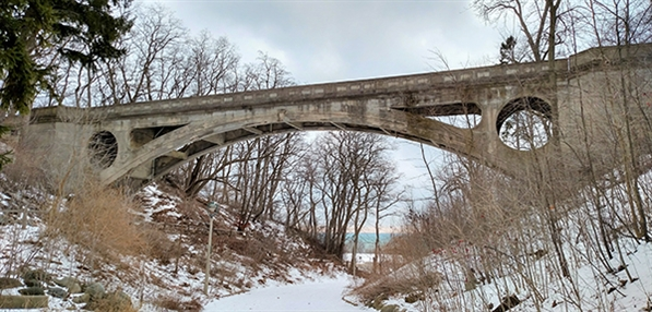 Lake Park Arch Bridge at Ravine Road