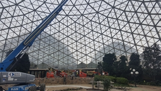 Mesh being installed in Show Dome March 2016
