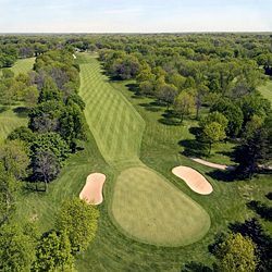 Brown Deer Park Golf Course - Hole 10
